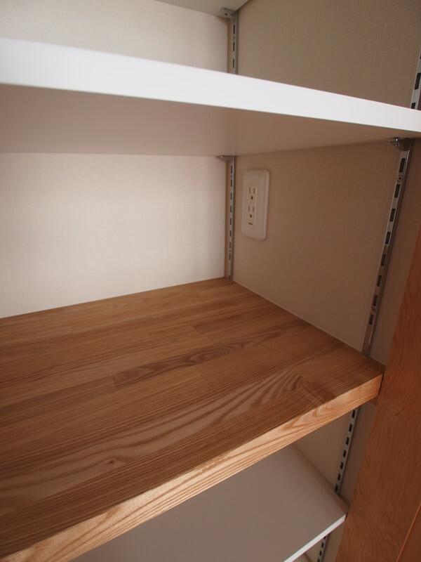 食器棚の内部コンセント