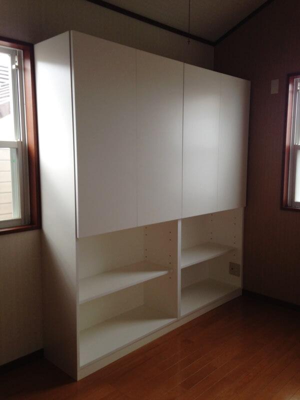A4ファイルを収納させる書斎の本棚