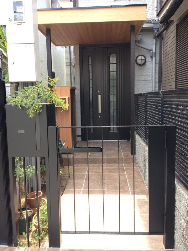 オリジナルデザインの門扉(1期)