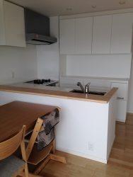 キッチン背面収納のOPEN部分は家電設置や作業台に