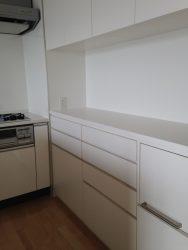 お手持ちの器のサイズ、量を把握してデザインしたキッチン収納