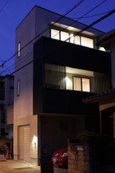 インナーテラスのある家~夜景
