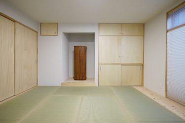 和室の入口は玄関土間に面しています