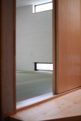 玄関に面した部屋は和室