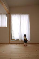 子ども室・フリースペースのレースカーテン