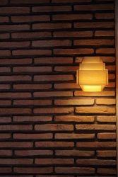 ブリックタイルとJAKOBSSON LAMP