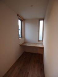 主寝室隣の書斎