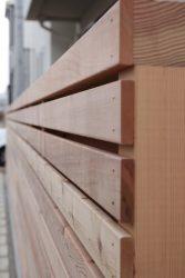 木格子の塀