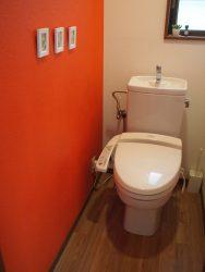 2Fトイレの床クッションフロアを濃茶に張替(2期工事)