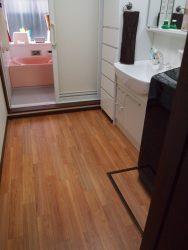 洗面所の床クッションフロアを濃茶に張替(2期工事)