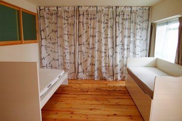 デイベッド+ベッドのプライベートゾーン+収納