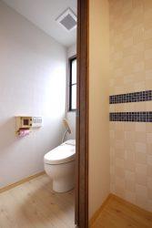 サブフロアのトイレはトイレ本体を再利用